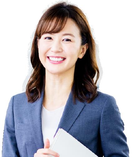 微笑んでいる女性の写真